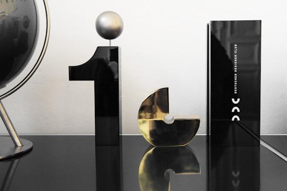 Рабочее место: Юстус Ойлер, арт-директор дизайн-студии Pentagram в Берлине. Изображение № 31.
