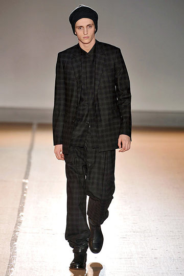 Неделя моды в Париже: мужские показы. Изображение № 102.