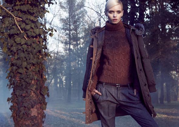 Кампании: Dior, Versace, Gucci и Burberry. Изображение № 20.