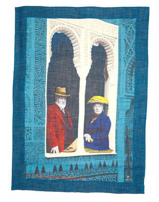 Платок из тонкой шерсти с изображением Артура Либерти и его супруги, из ассортимента Liberty of London.. Изображение № 17.