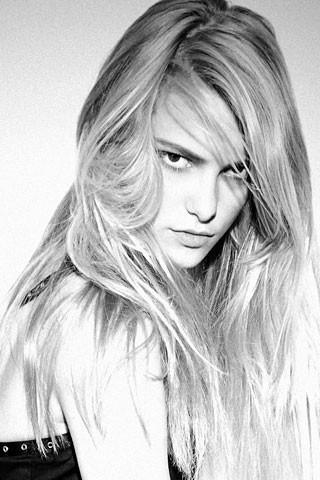 23 модели 2010 года по мнению Vogue.com. Изображение № 23.