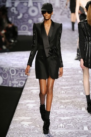 Back to black : Gareth Pugh и Victor&Rolf aw 2010-2011. Изображение № 59.
