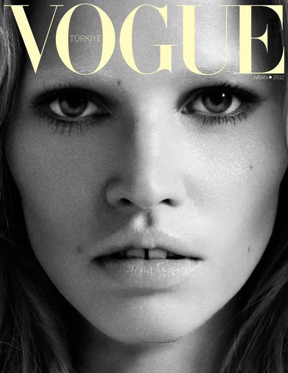 Обложки Vogue: Испания, Франция, Япония и другие. Изображение № 4.