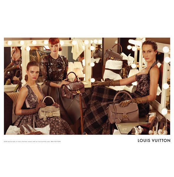 Рекламные кампании: Burberry, Louis Vuitton, Tom Ford. Изображение № 6.