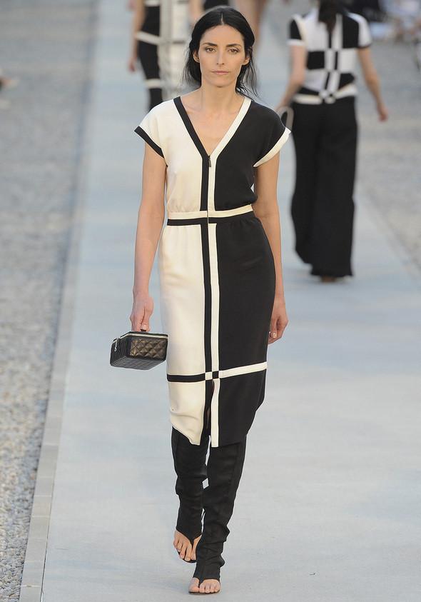 Изображение 17. Показана новая круизная коллекция Chanel.. Изображение № 17.