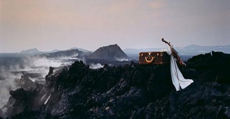 Мечты очём-то большем Жана Ларивьера. Изображение № 2.