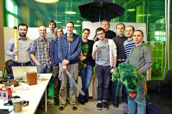 Технический отдел Lenta.ru заявляет о поиске работы в сообщении на странице издания в Facebook. Изображение № 1.