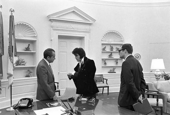 Элвис Пресли vsРичард Никсон. Историческая встреча. Изображение № 11.
