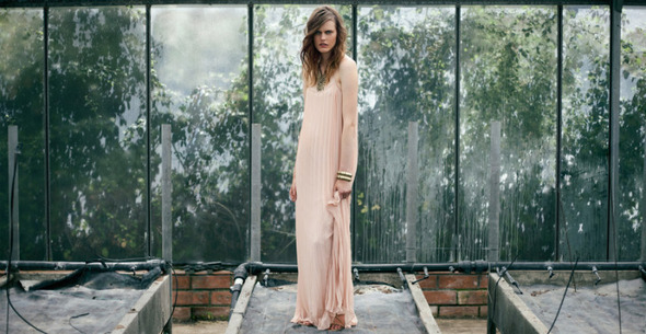 Лукбуки: H&M, Zara, Urban Outfitters и другие. Изображение №20.
