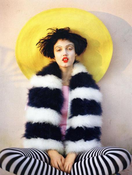 Съёмка для британского Vogue. Изображение № 34.