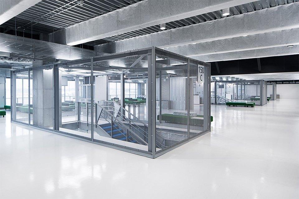 Фото: безупречный минимализм аэропорта вТокио. Изображение № 9.
