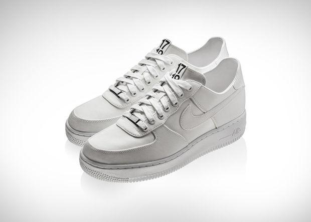 Nike поработали с DSM и Supreme к юбилею Air Force 1. Изображение № 3.
