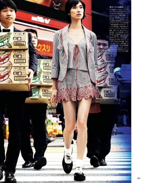 Съёмка: Тао Окамото для Vogue. Изображение № 3.