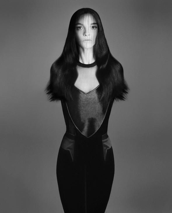 Съёмка: Мариакарла Босконо для Bergdorf Goodman. Изображение № 8.