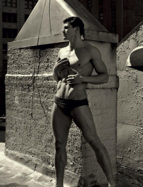 Фотокнига: Uomini - Dolce&Gabbana. Изображение № 37.