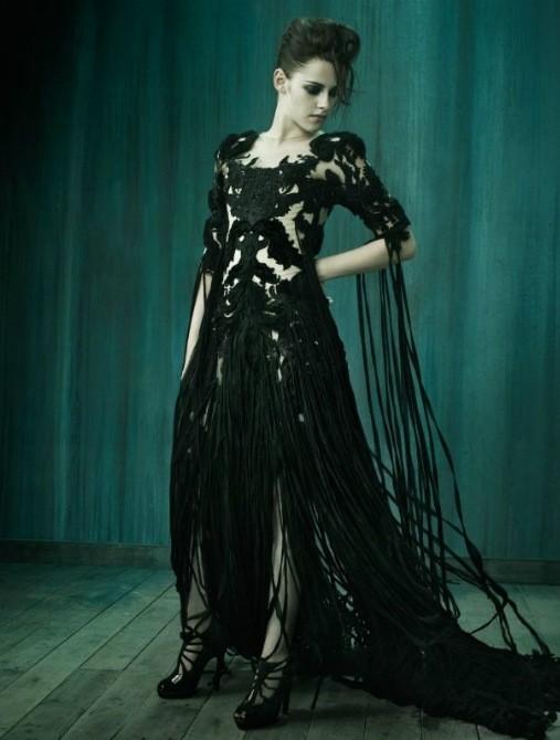 Съёмка: Кристен Стюарт для итальянского Vogue. Изображение № 2.