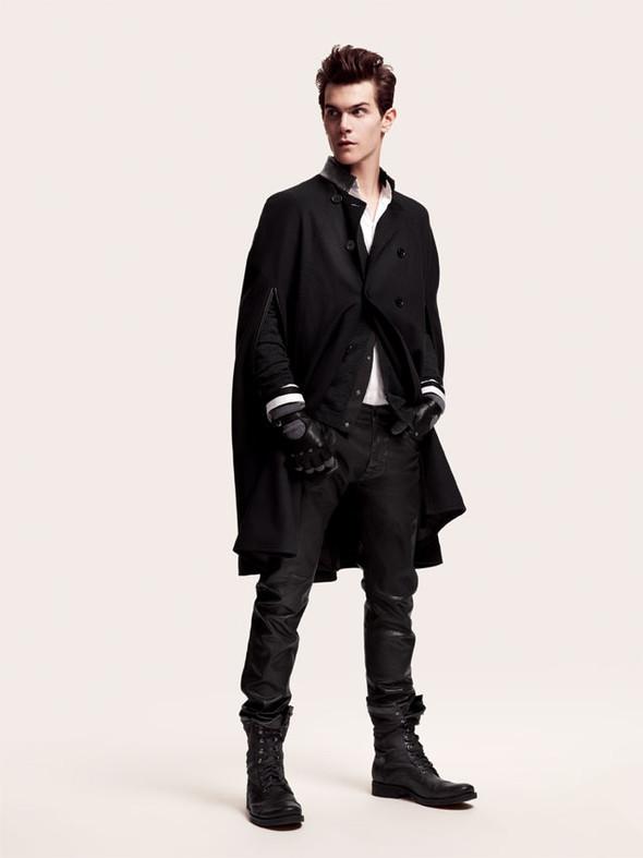Изображение 1. H&M Men Fall 2010.. Изображение № 1.