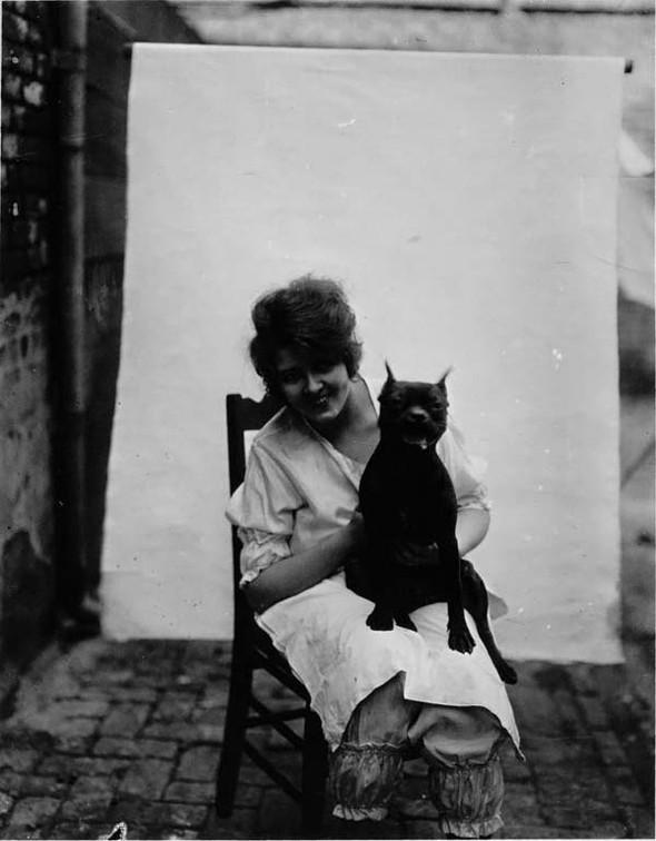 Фотосессия жриц любви 1912 года. Изображение № 14.