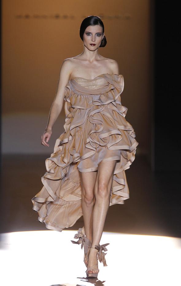 Madrid Fashion Week SS 2012: Hannibal Laguna. Изображение № 5.