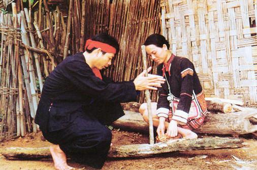 Татухи и наколки. Ч 3. Национальные меньшинства Китая. Изображение № 4.