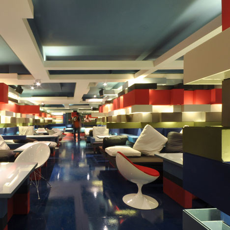 На скорую руку: Фаст-фуды и недорогие кафе 2011 года. Изображение № 27.
