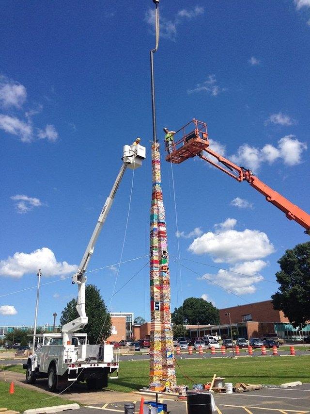 Студенты построили самую высокую башню из Lego . Изображение № 1.