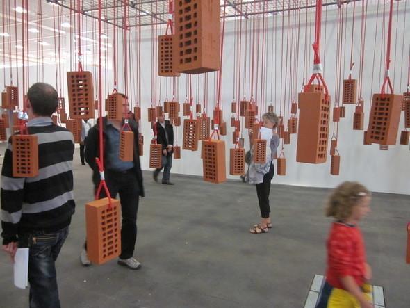 Изображение 25. Art 42 Basel 2011 - крупнейшая выставка современного искусства в Европе.. Изображение № 23.