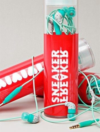 Розыгрыш AiAiAiAi X Sneaker Freaker. Изображение № 2.