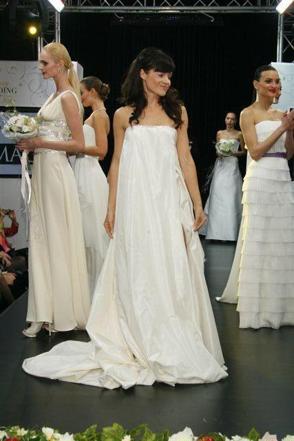 Изображение 3. Коллекция свадебных платьев Игоря Чапурина.. Изображение № 3.