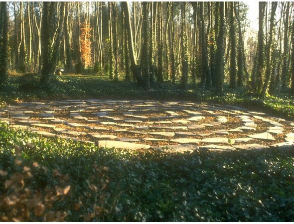 Новая земля: Гид по современному ленд-арту. Изображение № 17.