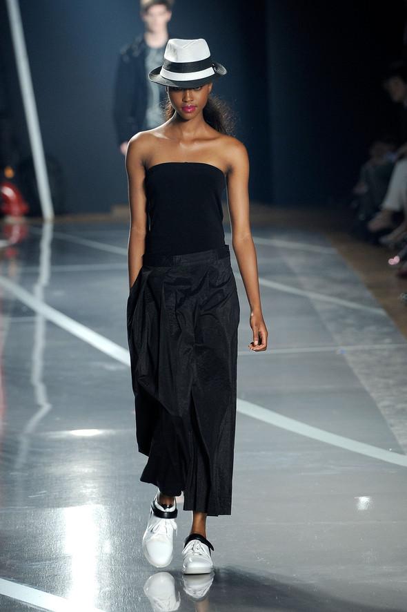 New York Fashion Week: Y-3 SS 2012. Изображение № 1.