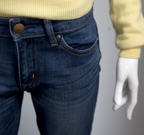 Uniqlo Denim: новый взгляд на старые добрые джинсы. Изображение № 1.