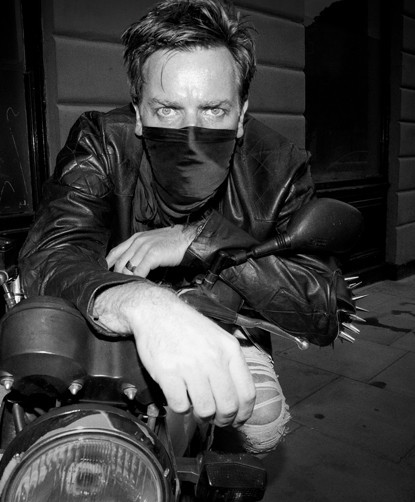 Ewan McGregor для Bullett Magazine. Изображение № 7.
