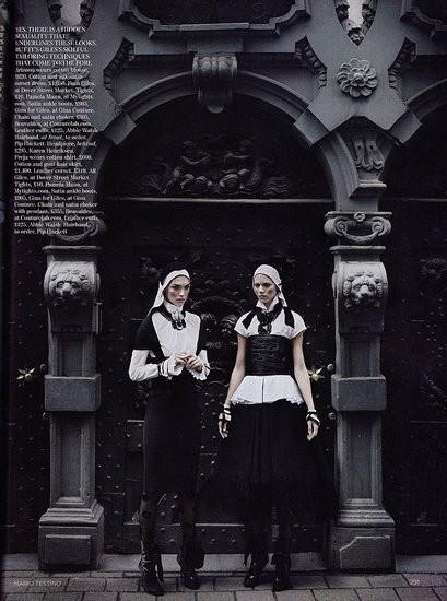 Съёмка: Аризона Мьюз и Фрея Беха Эриксен для британского Vogue. Изображение № 4.