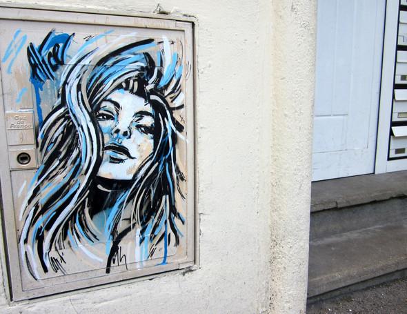Алиса в Париже. Изображение № 18.
