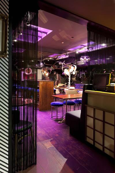 Под стойку: 15 лучших интерьеров баров в 2011 году. Изображение № 123.