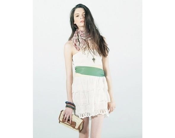 Лукбуки: Bershka, Urban Outfitters, Zara и другие. Изображение № 14.