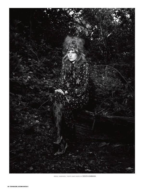 Съёмка: Илонка Верхел в Dolce & Gabbana для 10. Изображение № 1.