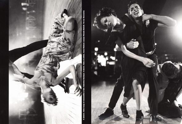 Архивная съёмка: сет Fashion Marathon из итальянского Vogue за 1997 год. Изображение № 3.