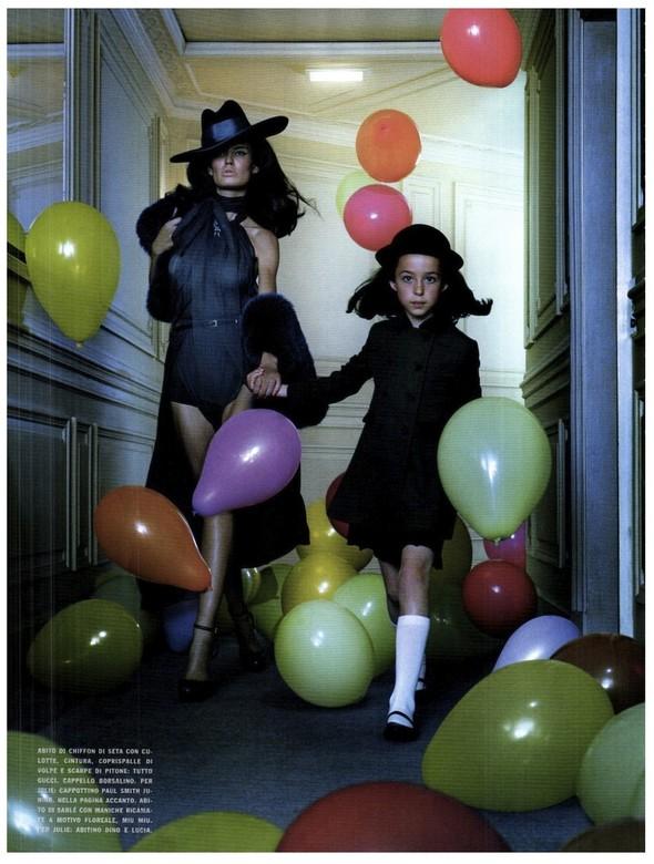 Съёмка: Бьянка Балти для итальянского Vogue. Изображение № 12.