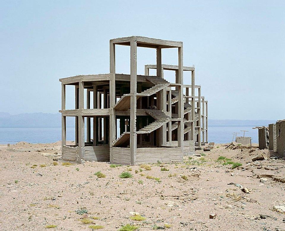 Что осталось от роскошных гостиниц в египетской пустыне. Изображение № 11.