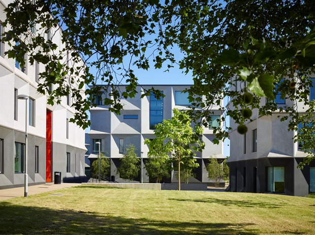 Школа в Бёрнтвуде (Англия) / Allford Hall Monaghan Morris. Изображение № 2.