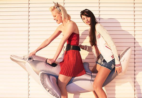 Рекламные кампании: Bershka, H&M, Jil Sander Navy и другие. Изображение № 4.