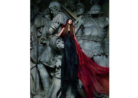 Работы Оксаны и ее команды – фотограф Лев Ефимов, визажист Эрнест Мунтаниоль (Сhanel). Изображение № 10.