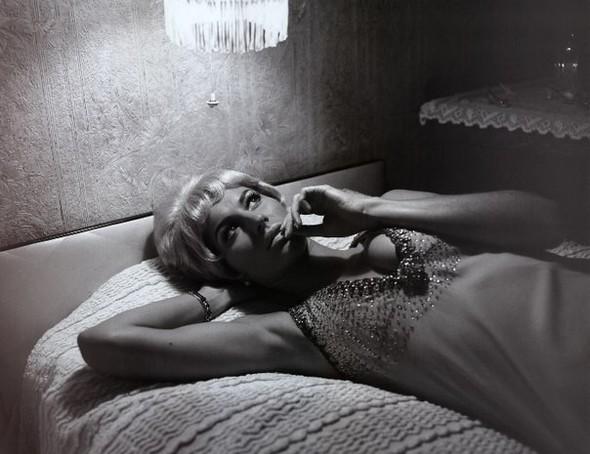 Архивная съёмка: Жизель Бундхен в фотосессии Мерта Аласа. Изображение № 10.