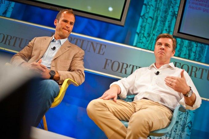 Тони Бейтс (справа) на конференции Brainstorm Tech в 2011 году. Изображение № 1.