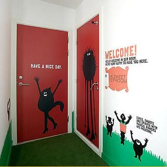 61 комната 21 дизайнер 1000 идей. Изображение № 2.