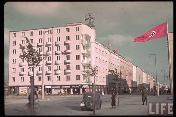 100 цветных фотографий третьего рейха. Изображение № 32.