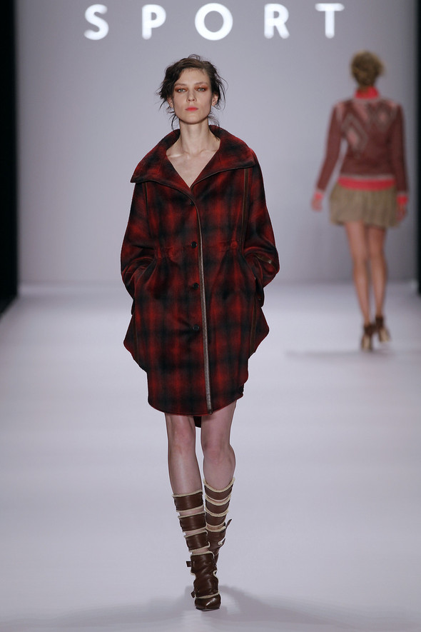 Berlin Fashion Week A/W 2012: Escada Sport. Изображение № 14.