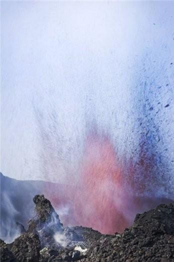 Свидание на вулкане. Изображение № 2.